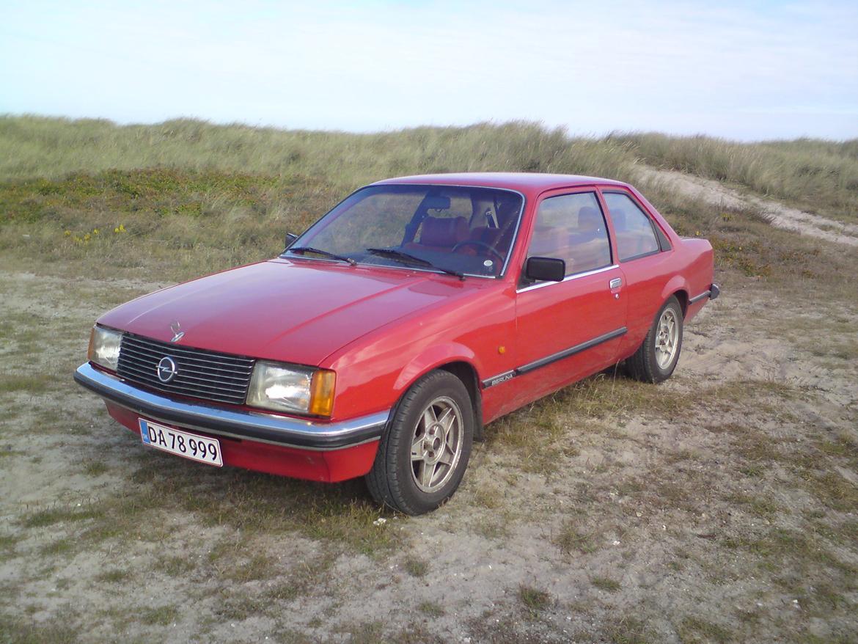 Opel Rekord E1 billede 1