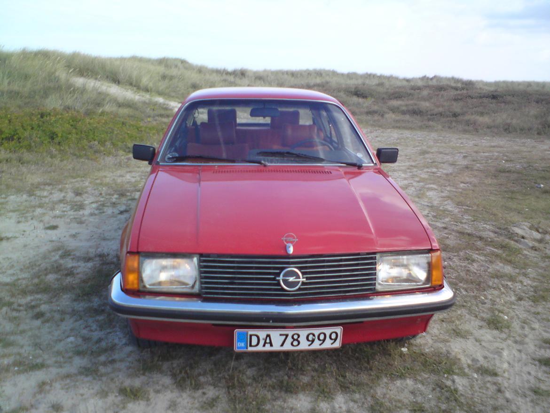 Opel Rekord E1 billede 2
