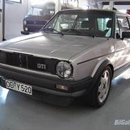 VW Golf GTI Pirelli * SOLGT*