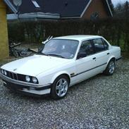 BMW E30 320i SOLGT