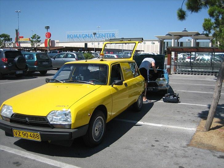 Citroën GSA Entreprise Spécial - Italien 2008. Værkstedsvogn yder førstehjælp.. Bemærk tidstypisk rotorblink. billede 5