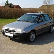 Opel Astra **SOLGT**