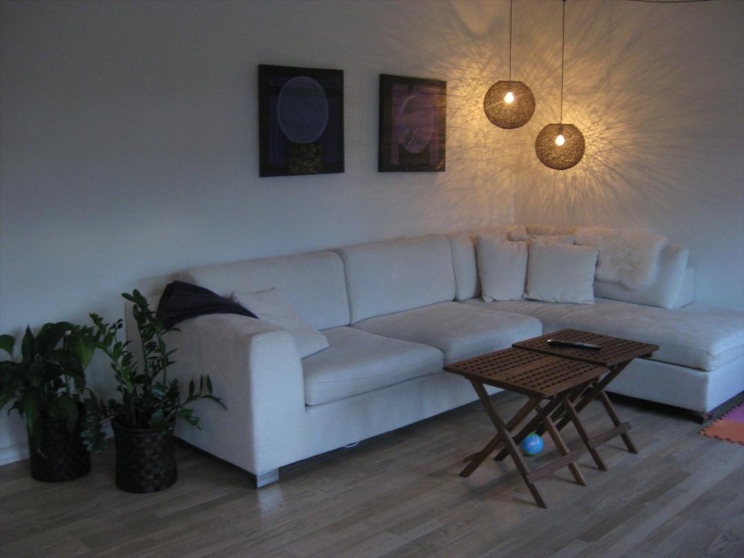 Picture of: Stuen Med Den Nye Lampe Stue Uploadet Af Carina C