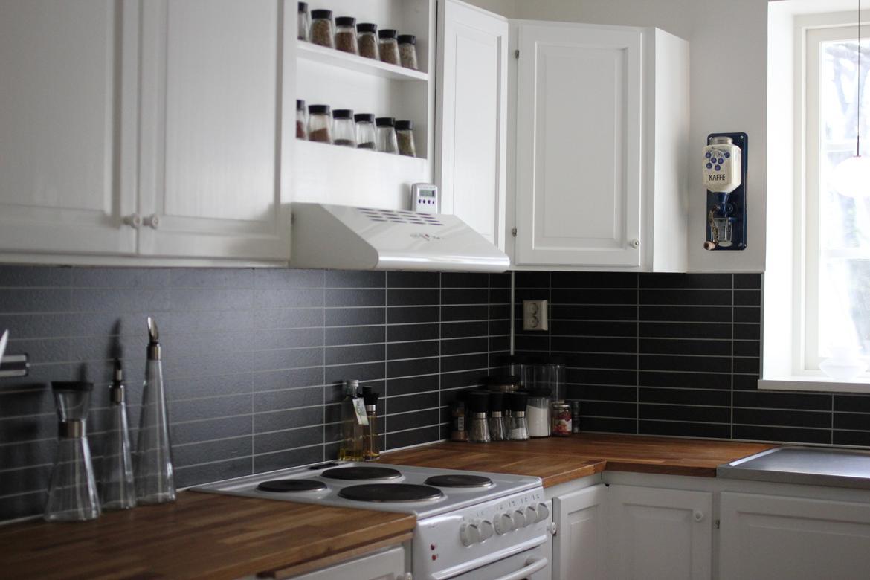 #604733 Meget bedømt Renovering Af Køkken Køkken Fotos Fra Signe K Gør Det Selv Køkken Sokkel 5599 11707805599