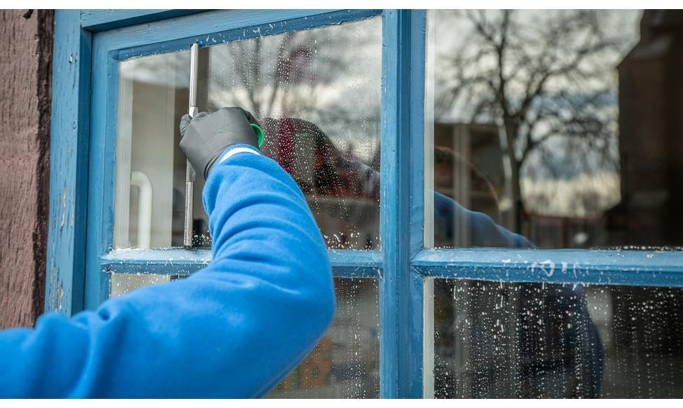 pudsning af vinduer uden striber