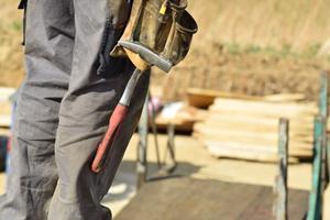 Gåde råd: Husker du at indhente håndværkertilbud?