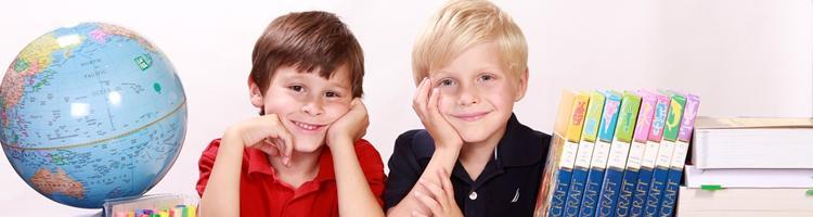 Hjælp dit barn når de kæmper med lektierne