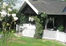 Villa 3 + stue (og anneks)
