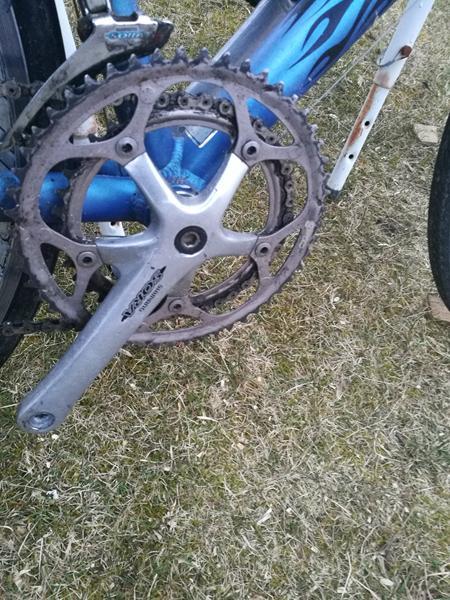 Ødelagt gevind til pedal