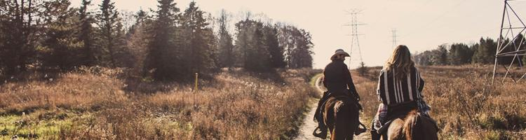 Denne sommer: Tag på rideferie med veninderne