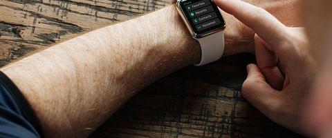 Find det rette smartwatch til hestepigen
