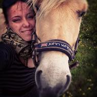 ***Kamilla og den gule SUPER pony***