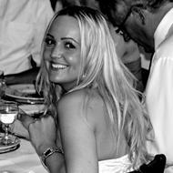 Heidi Skov .