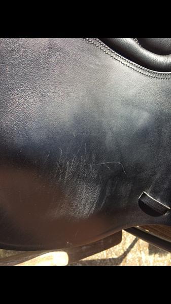 Hjælp lynlås ødelægger sadel