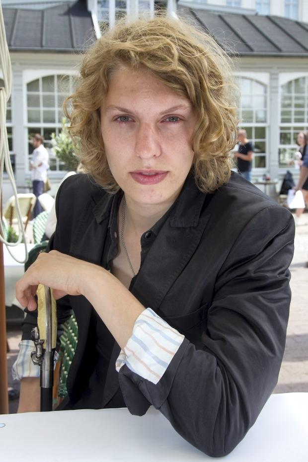 dating en fyr med langt hår dating show killer