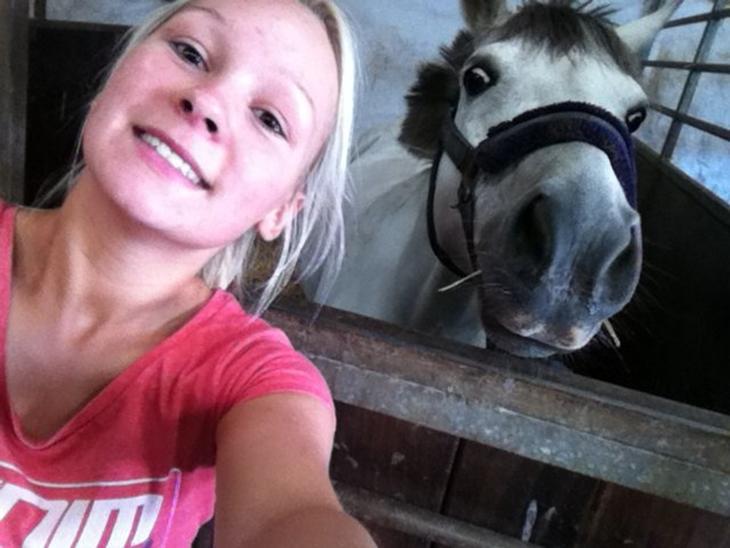 Welsh Pony (sec B) AHLEGAARDS BAHLOU B-PONY {L} - Velkommen til min dressurstjernes profil! smid gerne en bedømmelse og en kommentar. :o)