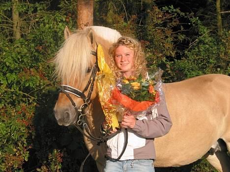 Fjordhest Idon Busklund SOLGT - Idon og jeg. Sjællandsmestre i spring 2006. billede 5