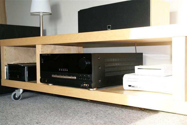 Lidt billeder af elektronikken i stuen.   diverse hifi   fotos fra ...