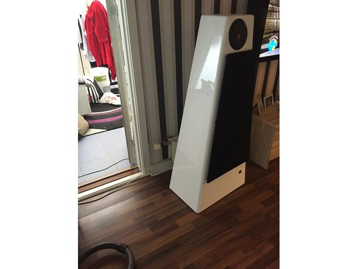 musikanl g jbl 250ti jubilee og krell 1000 det er den. Black Bedroom Furniture Sets. Home Design Ideas