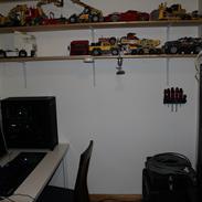Computeranlæg Anlægget i hobbyrummet :)