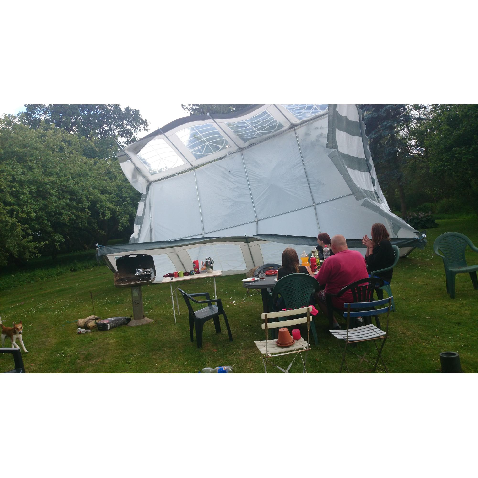 Party uartig telt : Skrevet af Badetøffel BanDana