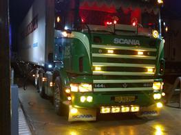 Scania 144 - 460