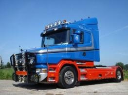 Scania T 144