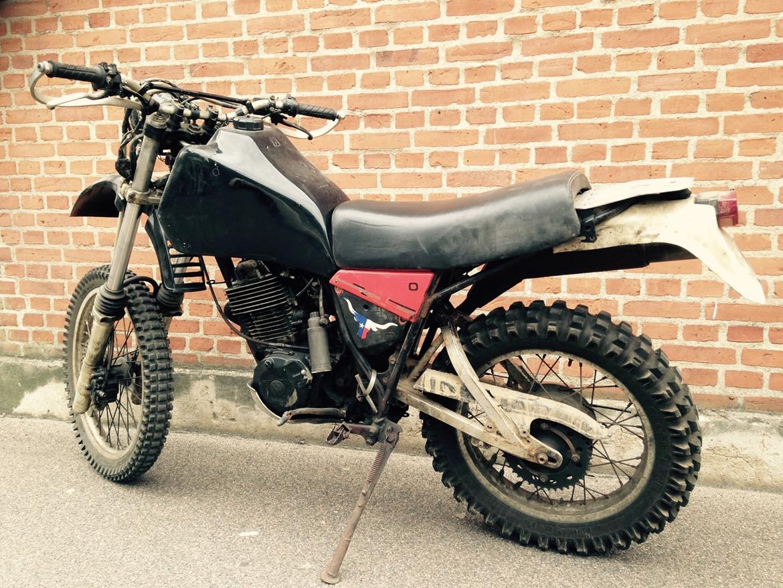 Yamaha XT 550 - Billeder af mc-er - Uploaded af Niels <Kolding>