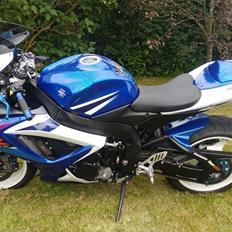 Suzuki GSX-R K7