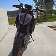 KTM 1290 Superduke R