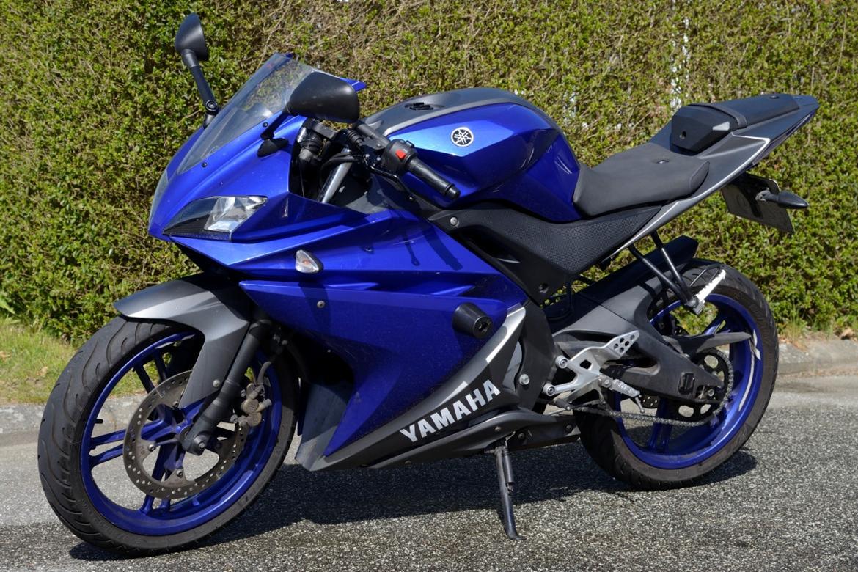 Yamaha YZF R125 billede 1