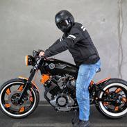 Yamaha XV 750 Bobber/Cafe Racer (SOLGT)