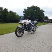 Suzuki katana 750