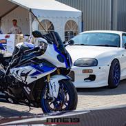 BMW S1000RR HP4 (Replica)