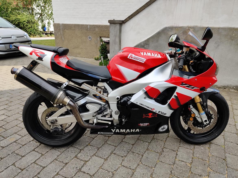 Yamaha R1 RN04 5jj billede 2