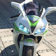 Honda CBR 1000 SC57
