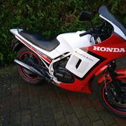 Honda VF500 F2