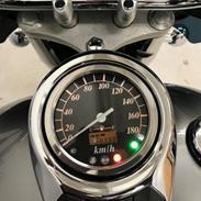 Suzuki Vl 800 intruder Volucia