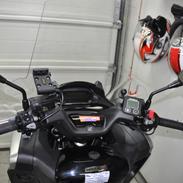 Honda integra 750D