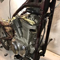Suzuki VS750 (Joker Intruder)