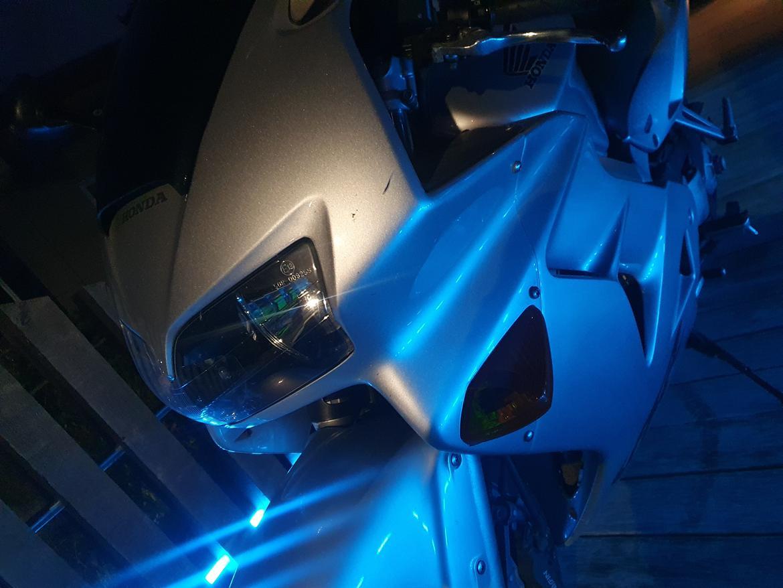 Honda VFR 800 billede 15
