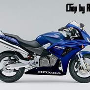 Honda CB600F Hornet *SOLGT*