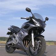 Yamaha FZ6S FAZER (solgt)