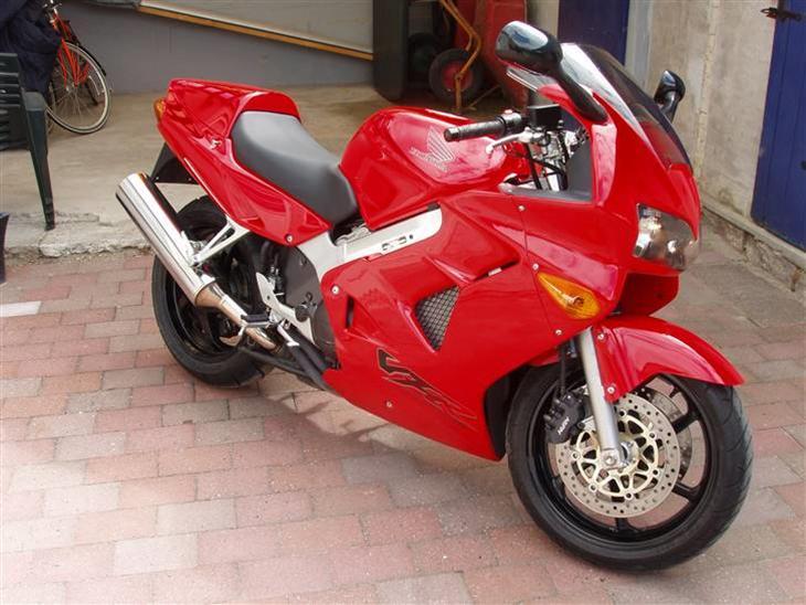 Honda vfr 800 1998 fik kortet i okt 2006 k bte for Honda 800 number