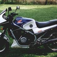 Honda VF 750 F (Solgt)