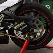Yamaha R6 07' Baneracer