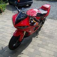 Yamaha YZF R6 Solgt