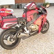 Honda cbr 1000 Fireblede RR