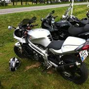 Aprilia SL1000 solgt