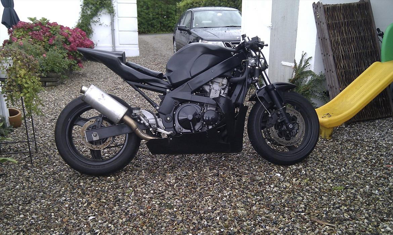 Kawasaki Zxr Streetfighter
